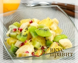 Фруктовый салат с бананами